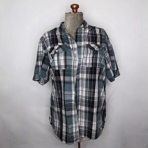 🎀3/$30 Midtown Plaid Blue White Button Up Shirt